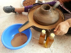 argan oil making